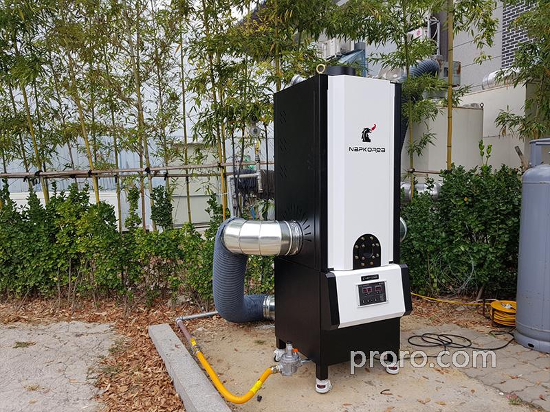 双桥炭火烤肉馆 安装NKIC-15K(15公斤) 油烟净化器安装案例